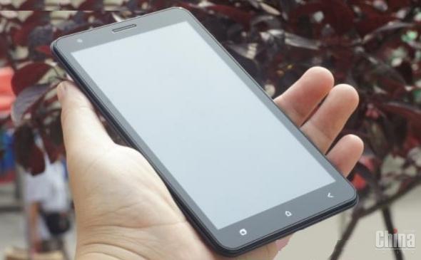6-дюймовый смартфон CarPad Note 5 F6 - самый большой китайский телефон в мире
