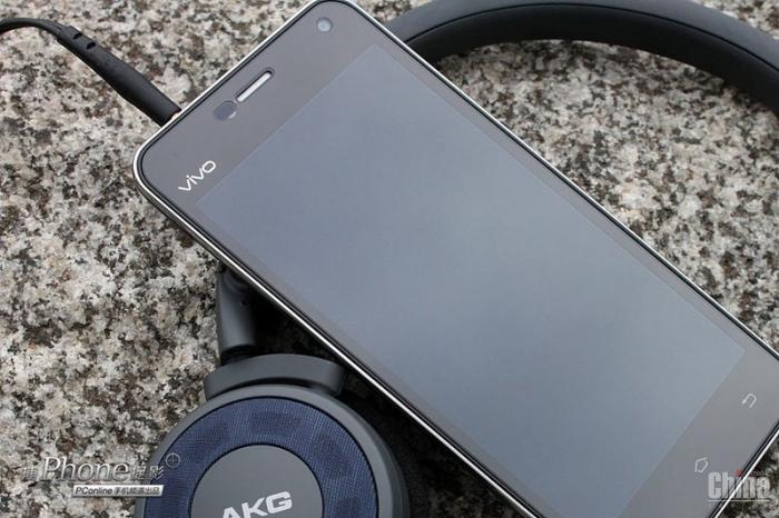 Фотообзор самого тонкого и музыкального смартфона Vivo X1