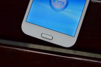 Обзор смартфона THL W7+
