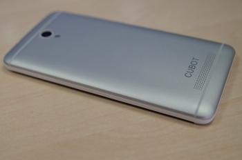 Обзор Cubot One - копия HTC One
