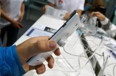 Китайцы на выставке CEE 2013 (Huawei)