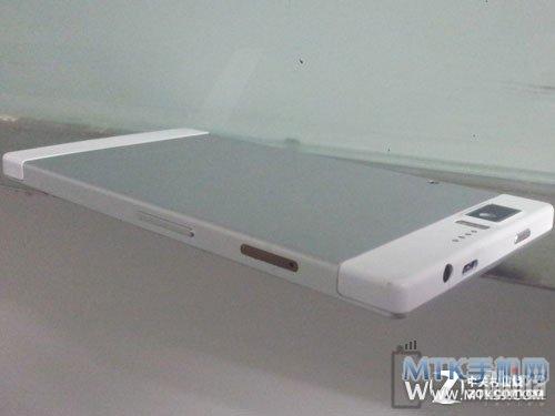 Шпионские фото 8 ядерного Changhong H1 с аккумулятором 7000 мАч!!