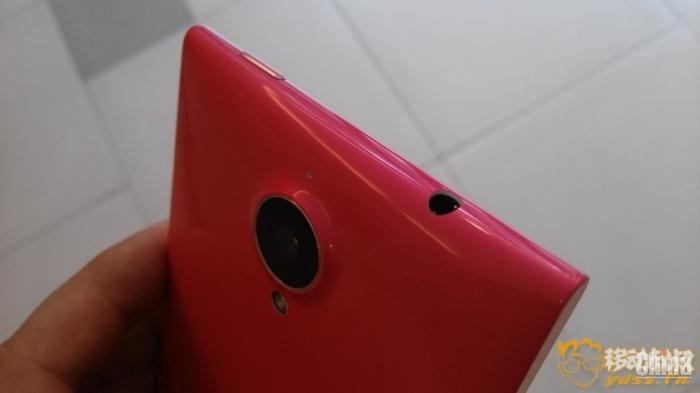Фотообзор красного Gionee ELIFE E7