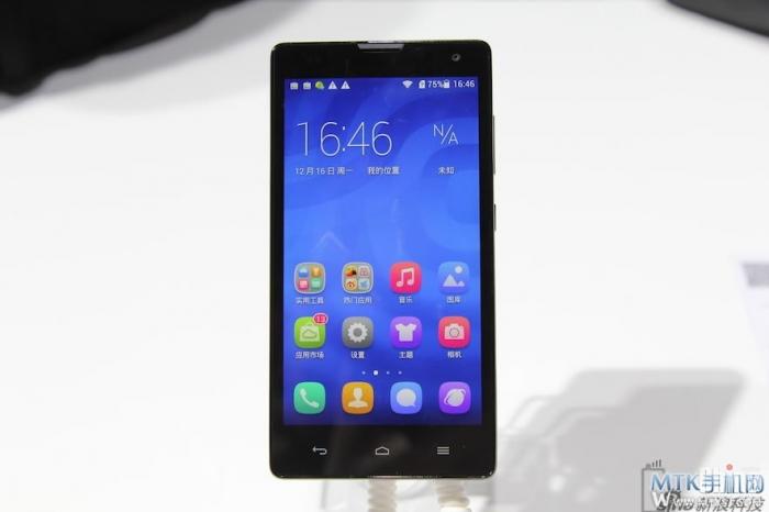 Фотообзор бюджетного Huawei Honor 3C