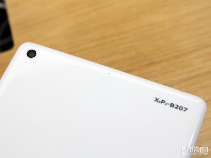 Xiaomi MiPad на фото и видео