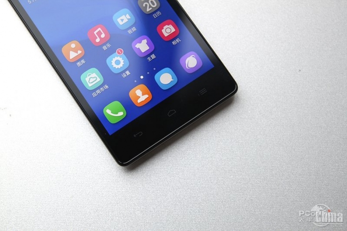 Фотообзор Huawei Honor 3C 4G