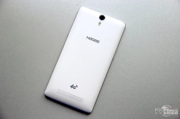 Бюджетный 6-дюймовый фаблет Hasee X60TS