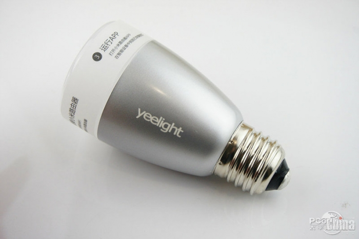 Фотообзор умной лампы Xiaomi Yeelight