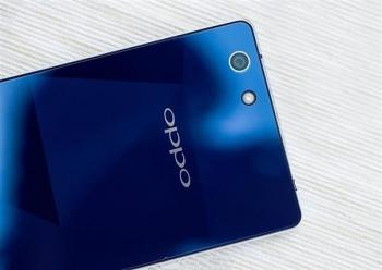 Стиляга Oppo R1C тоже может быть запущен 14 января