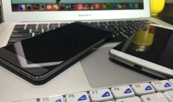 Некоторые детали и новые фото Elephone P8000