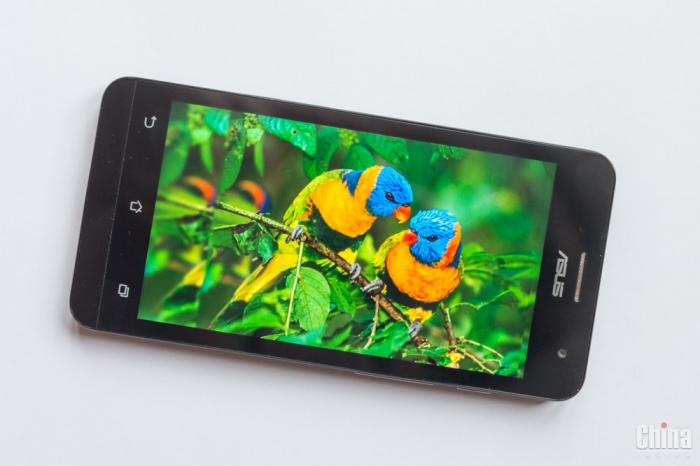 Обзор ASUS Zenfone 5 LTE (Qualcomm Snapdragon)