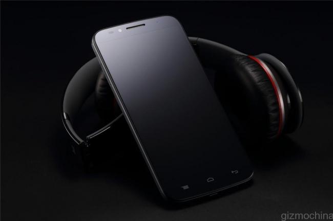 UMI EMAX 5,5 дюймовый смартфон с батареей 3780 мАч