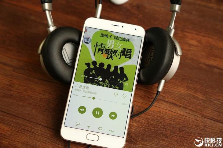 Фотообозор флагманских наушников Meizu HD50