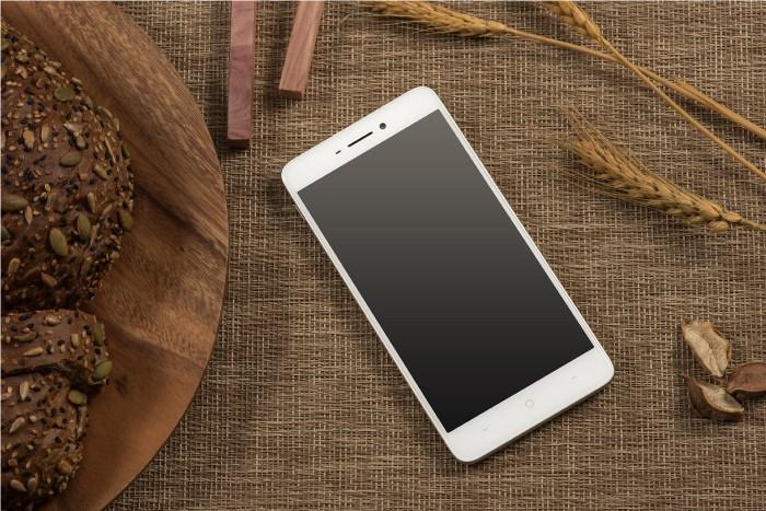 TP-Link представила два новые смартфона Neffos X1 и Neffos X1 Max