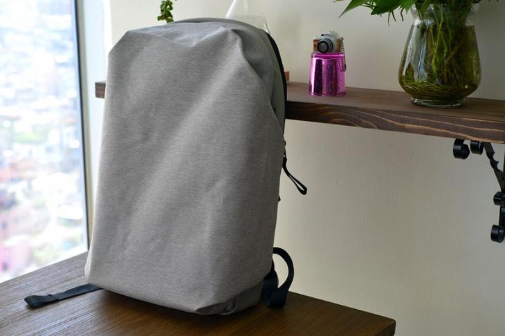 Фирменный рюкзак Meizu вживую