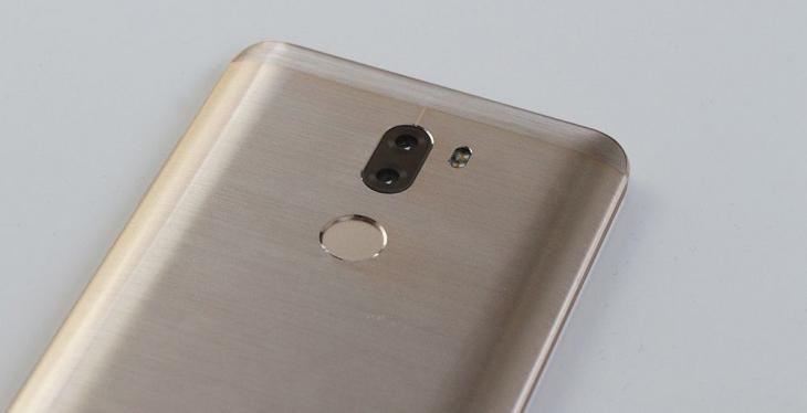 Сравнение фото, сделанных на камеры Xiaomi Mi5S Plus и iPhone 7 Plus