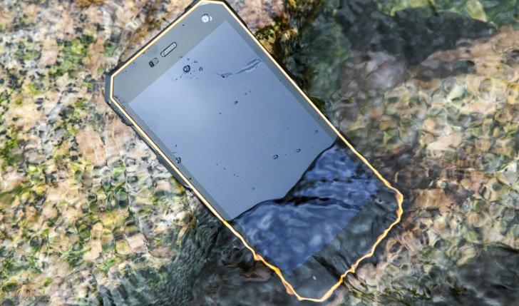 К выходу готовится защищенный смартфон Nomu S10