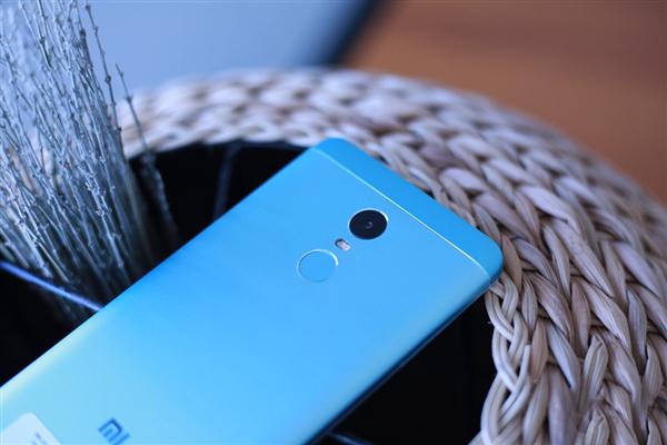 Фотогалерея Xiaomi Redmi Note 4X Hatsune Miku Special Edition