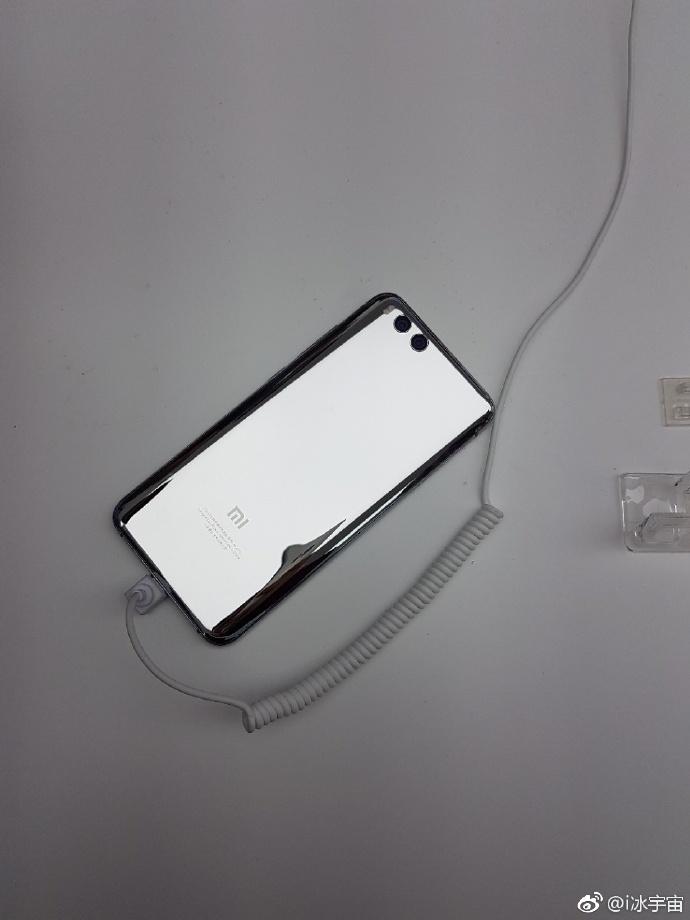 Фотогалерея Xiaomi Mi 6 Silver Edition
