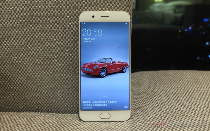 Oppo R11 выходит за пределы Китая
