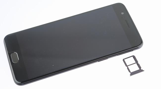 Выложены фотографии разобранного OnePlus 5