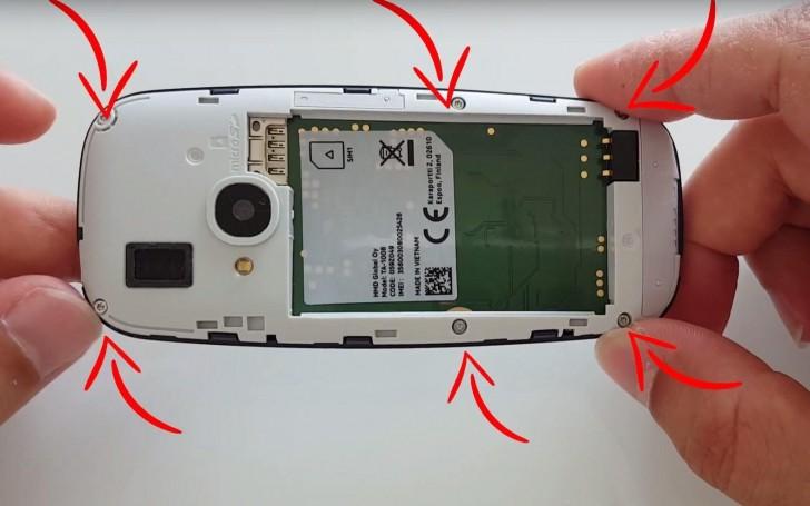 Новая Nokia 3310 была полностью разобрана