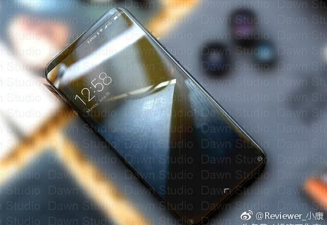 Фото неизвестного смартфона Xiaomi опубликовали в Weibo