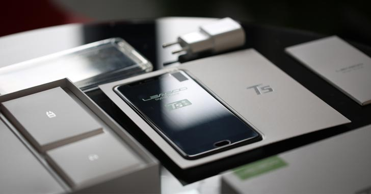 Распаковку смартфона Leagoo T5 показали на фото