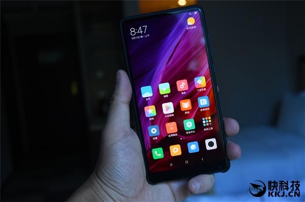 Xiaomi Mi Mix 2 - распаковка и первый вгзляд на фотографиях