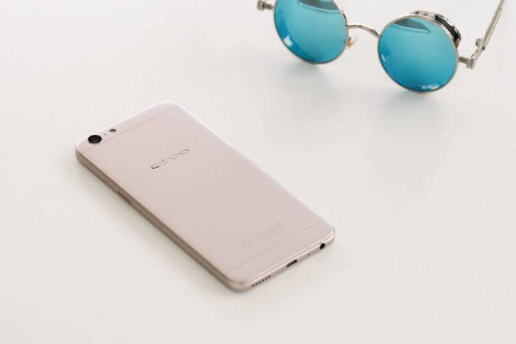 Oppo выпустила смартфон F3 Lite