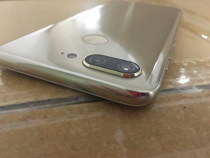 Gionee S11 попал на фотографии