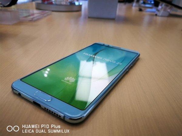 Опубликованы дополнительные изображения Huawei Nova 2S