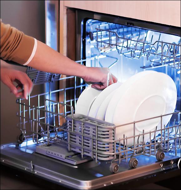 Yunmi готовит посудомоечную машину