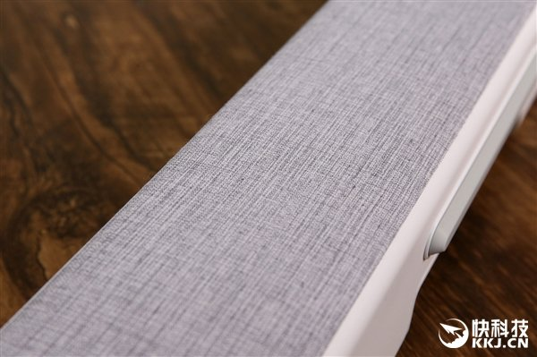 Появилась подборка фотографий ТВ-колонки Xiaomi