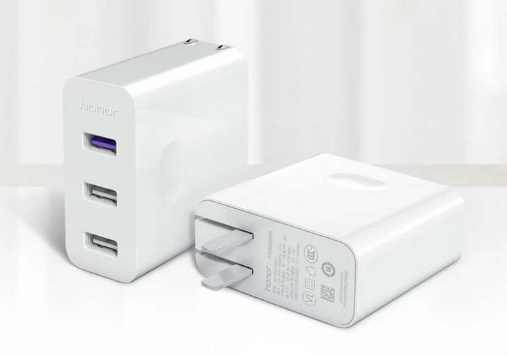 Анонсировано зарядное устройство Honor Multiport Charger