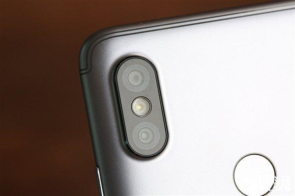 Опубликована подборка фотографий Xiaomi Redmi S2