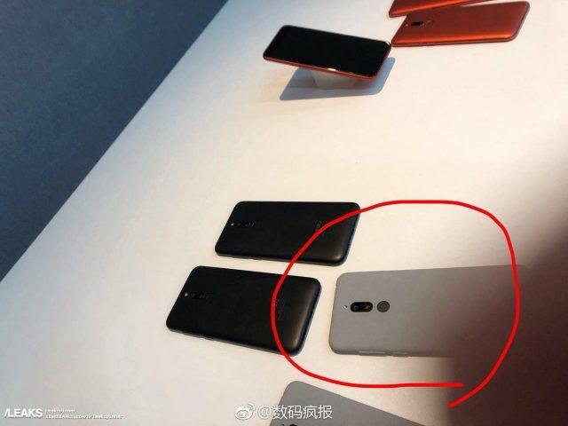 Еще не представленный Meizu M6T показали на реальных фото