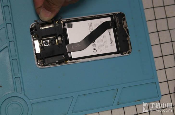 Китайские умельцы разобрали смартфон Meizu M6T