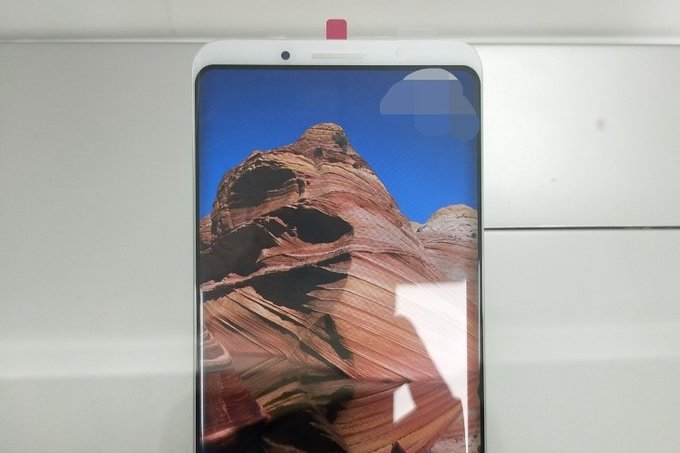 Опубликована фотография передней панели Meizu 16