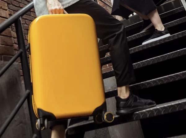 Компания Xiaomi представила новый умный чемодан