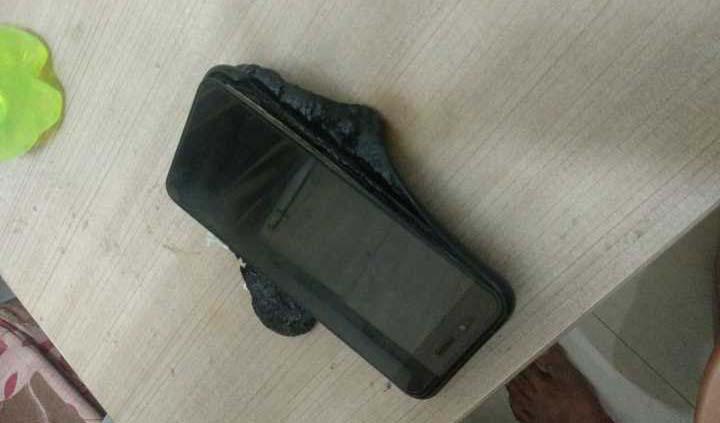 Смартфон Xiaomi Mi A1 взорвался во время зарядки