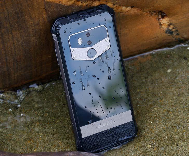 Защищенный смартфон Oukitel WP1 подвергли серии испытаний