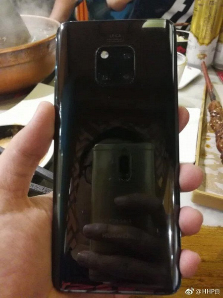 "Huawei Mate 20 Pro предстал на новых ""живых"" фотографиях"