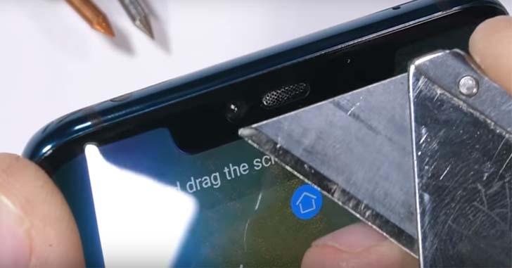 Флагман Huawei Mate 20 Pro не сдал экзамен на прочность
