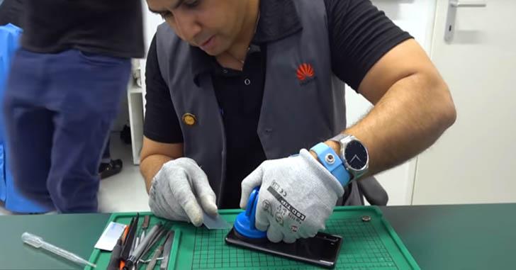 Видео: как разбирают Huawei P30 Pro в официальном сервисе