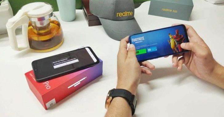 Fortnite на смартфоне Realme 3 Pro работает при 60 к/с