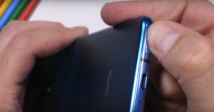 """Убийцу флагманов"" OnePlus 7 Pro проверили на прочность"
