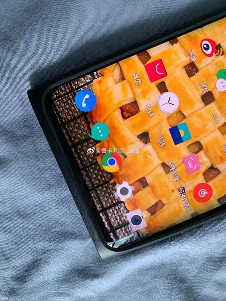 Предполагаемый OnePlus 7T Pro показали на реальных фото