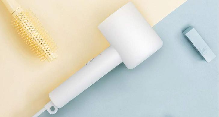 Xiaomi представила компактный фен за 20 долларов