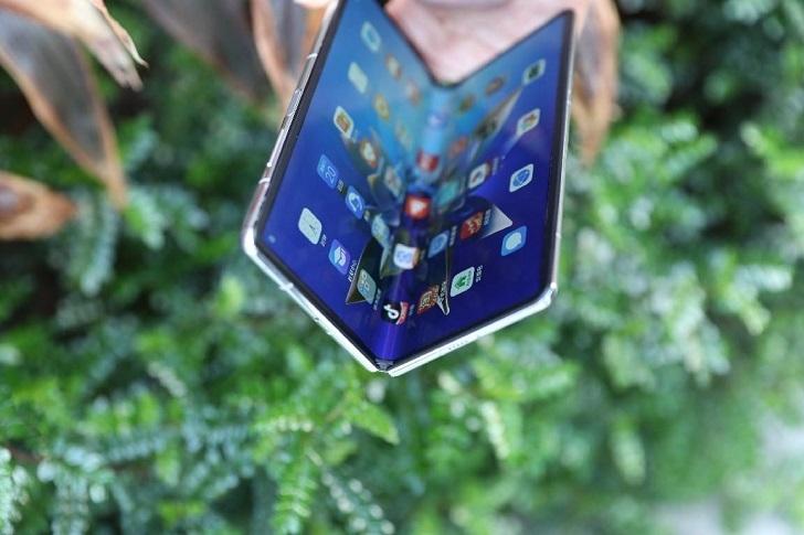 Huawei Mate X2 представлен официально